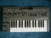 Roland sh101 classic analogue synthesizer