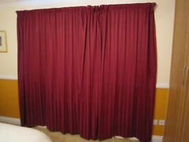CURTAINS 1 PAIR MAROON/BURGANDY LINED & WEIGHTED IDEAL FOR PATIO DOORS
