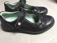 Startright school shoes UK 10E