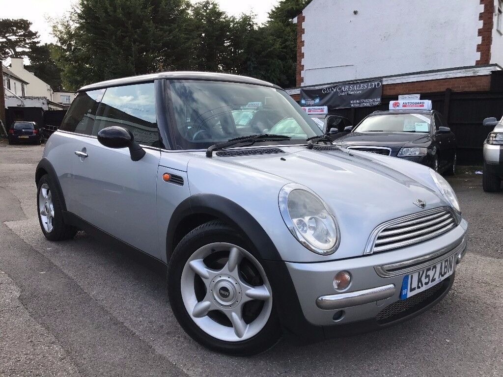 MINI Hatch 1.6 Cooper Automatic Full Service History 2 Owners 2 Keys Long MOT + FINANCE AVAILABLE
