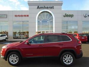2016 Jeep Cherokee NORTH 4X4 MSRP $39,005 NEW VEHICLE/FULL FACTO