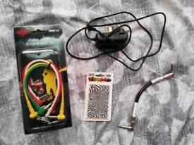 Guitar stuff bundle (Fender, Rotosound) cables, slide, picks