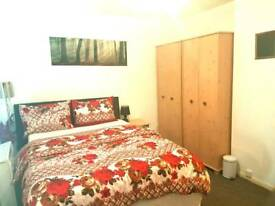 One bed flat holiday apartments in North London (sleep up to 4)