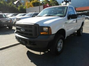 2005 Ford F-350 XL 4X4, REGULAR CAB