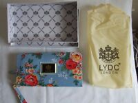 LYDC London Purse with floral print (L057F)