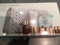 Estée Lauder Age Prevention Gift Set