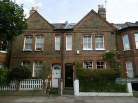 3 bedroom house in Montefiore Street, London, SW8 (3 bed) (#1194260)