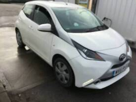 2016 Toyota Aygo X-play VVT-I WHITE DAMAGED REPAIRED