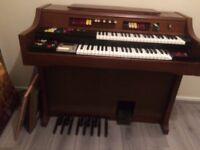 Electric organ vintage for sale very good working order