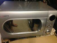 Daewoo microwave oven IMMACULATE!