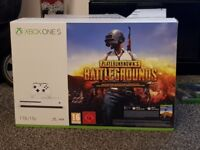BRAND NEW Xbox ONE S with 4 Games