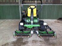 John Deere 2500E Diesel Driven 3 gang ride on lawn/golf mower - Absolute Bargain! -