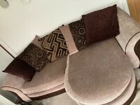 Corner piece and sofa bed for sale!