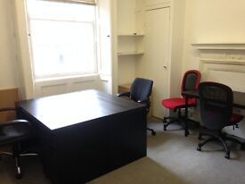 4 desks available now for £1000.00