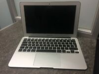 Apple Macbook AIR Late 2010 with Charger