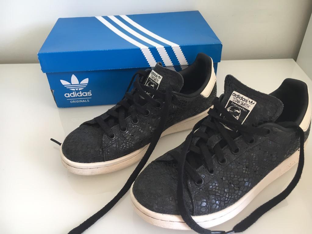 Women's Adidas Stan smiths