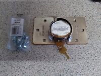 Van security lock for back doors .with two keys .new .