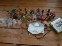 Disney infinity for xbox 360 with 21 figures!