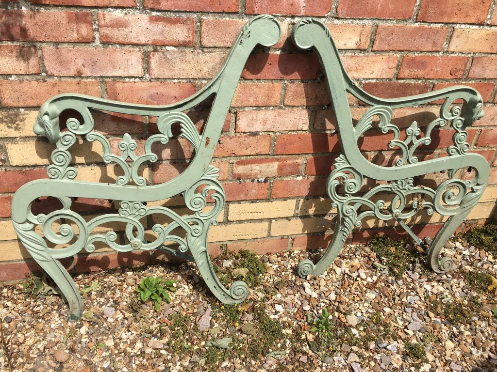 Awesome Lion Head Garden Patio Cast Iron Bench Seat Ends Not Perfect Delivery Available In Tadley Hampshire Gumtree Machost Co Dining Chair Design Ideas Machostcouk