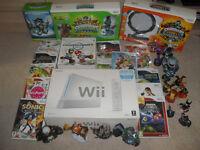 Wii console + Bundle of games as Sonic, Super Mario, Bakugan, Skylanders