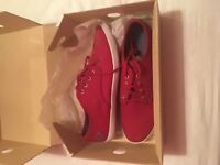Fred Perry Canvas pumps size 9