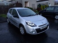 2009 Clio Renault 1.2 , silver,FULL SERVICE HISTORY!!!!LOW MILEAGE 28K!!!