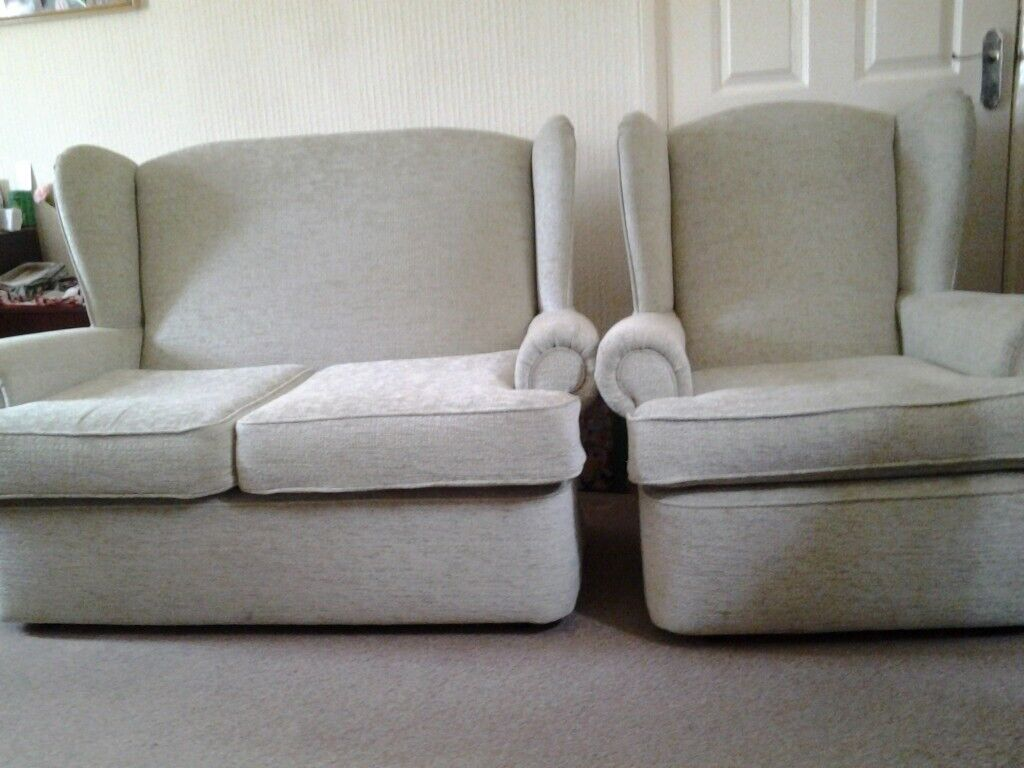 Peachy Sofa And Matching Chair In Carmarthen Carmarthenshire Gumtree Gmtry Best Dining Table And Chair Ideas Images Gmtryco