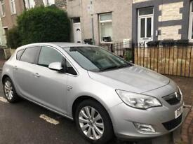 VAUXHALL ASTRA AUTOMATIC 2011