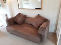 Italian contemporary sofa (Valentini) 3 seater, well looked-after, comfortable