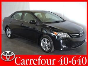 2013 Toyota Corolla LE Toit Ouvrant+Mags+Bluetooth+Sieges Chauff
