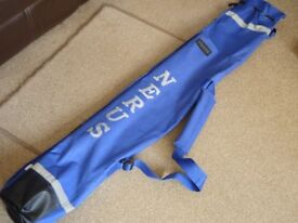 Nerus beach fishing rod holdall will hold about three or four rods. £12.