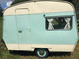 Vintage Caravan - Cadet Sprite 10