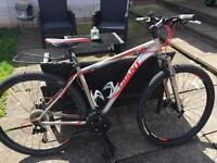 Giant Revel mountain bike excellent condition cost £650 accept £275