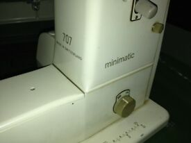 Bernina 707 minimatic