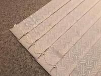 Vertical blind - 570 wide 860 drop - patterned