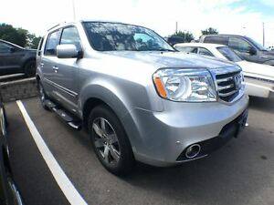 2014 Honda Pilot Touring,Leather,Roof Navigation!!