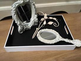 Decorative Accessories £2-£5