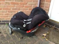 Britax. Car seatvery sturdy £15 can deliver if local call 07812980350