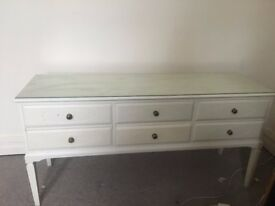 Lovely Glass-topped 6 Drawer Dresser