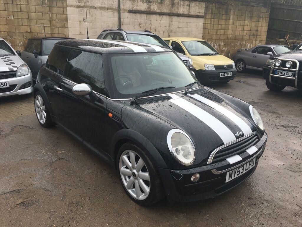 2003 53 mini cooper one 1 4d diesel black with service history two tone leather interior in. Black Bedroom Furniture Sets. Home Design Ideas
