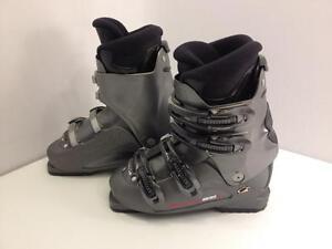 Nordica T2.2W women's ski boots, size 25 Mondo