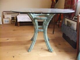 CANE CONSERVATORY BREAKFAST TABLE WITH A ROUND SAFETY GLASS TOP SEATS 4 IN GOOD CONDITION £15