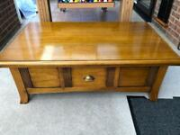 Lift top coffee table with storage