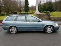 Volvo v40 D SE Estate Car with 12mnths MOT and Heated leather seats