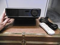 Optoma HD600X projector for sale