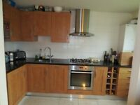 E14 - 2 Bedroom Furnished S/L Flat