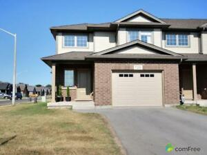 $459,999 - Townhouse for sale in Niagara Falls