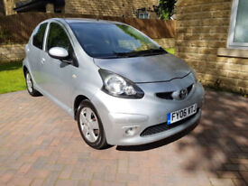2006 Toyota Aygo 1.0 VVT-i Sport 5dr. Low Mileage, Air Con, Alloy Wheels. Long MOT, RoadTax only £20
