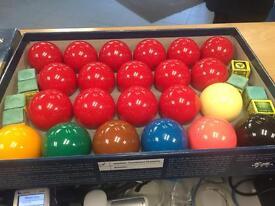 Aramith tournament snooker balls