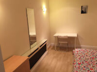 **********HUGE AND SPACIOUS ROOMS ****